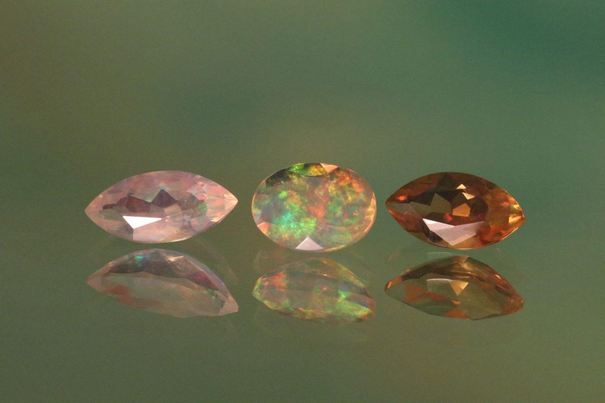 クアラントットが得意とする一点物の宝石を用いたオーダージュエリーは、そのお客様だけの「宝物ジュエリー」